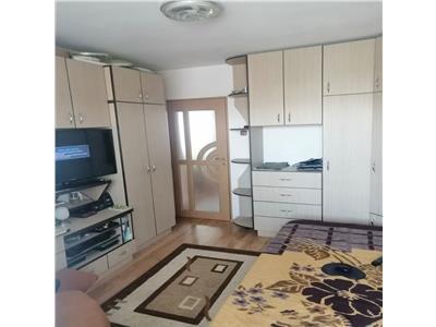 Apartament cu 3 camere in Grigorescu, 2 balcoane ,zona piata Grigorescu !