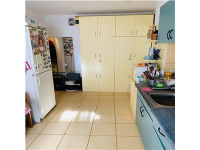 Apartament cu 2 camere, etaj 1/4 in Manastur, zona strazii Tasnad !