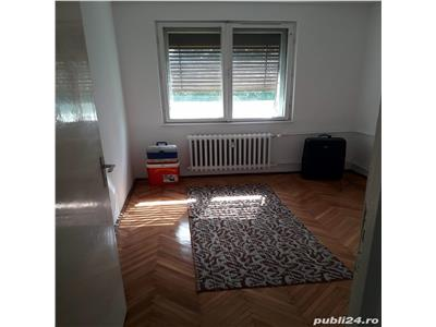 Apartament decomandat cu 4 camere in Gheorgheni, zona Mercur !