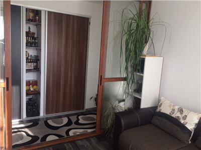 Apartament decomandat cu 2 camere zona Hermes